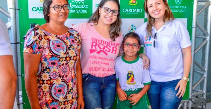 Alunos da rede municipal de ensino de Caruaru recebem óculos gratuitamente