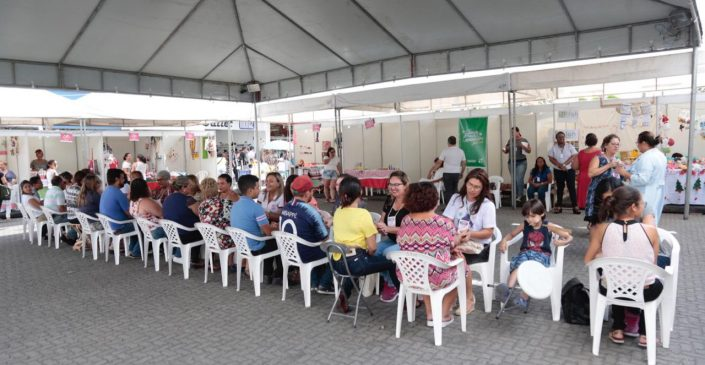 Feira Natalina da Mulher Empreendedora foi sucesso em Caruaru