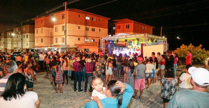 Prefeitura de Caruaru e Policia Militar promovem celebração de fim de ano nos residenciais do Minha Casa, Minha Vida